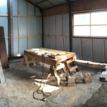 アトリエに木工所を制作しています。